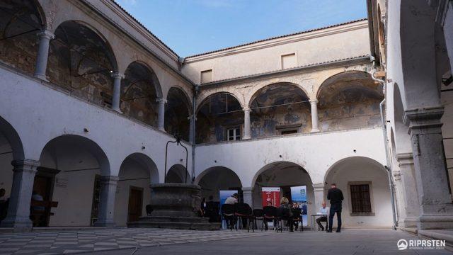 https://www.kraljevica.hr/slike/2020/11/Dvorac_uredenje-640x360.jpg