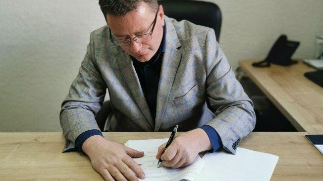 https://www.kraljevica.hr/slike/2021/03/candrlic-potpisivanje-640x360.jpg