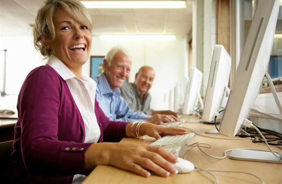 Grad Kraljevica financira Radionice informatičkog opismenjavanja umirovljenika Radionice 50+